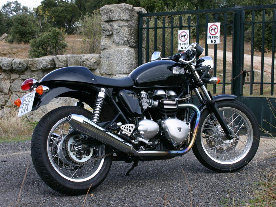 Foto 01 Triumph Thruxton 900