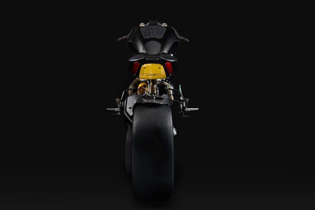 Foto 07 Ducati Diavel Draxter