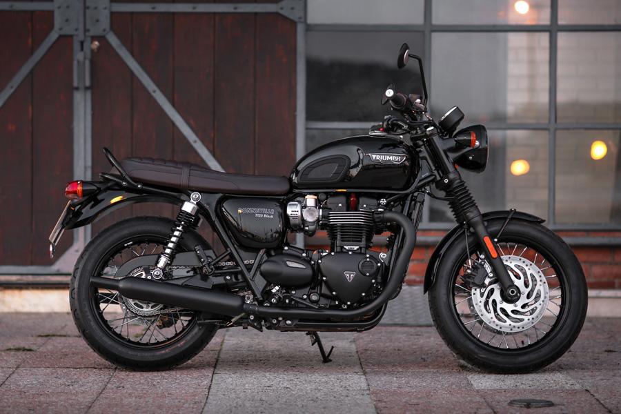 Foto 03 Triumph T120 Black