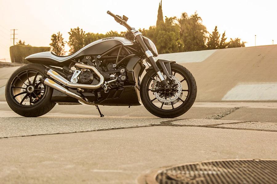 Foto 01 RSD Ducati XDiavel