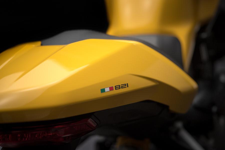 Foto 04 Ducati Monster 821