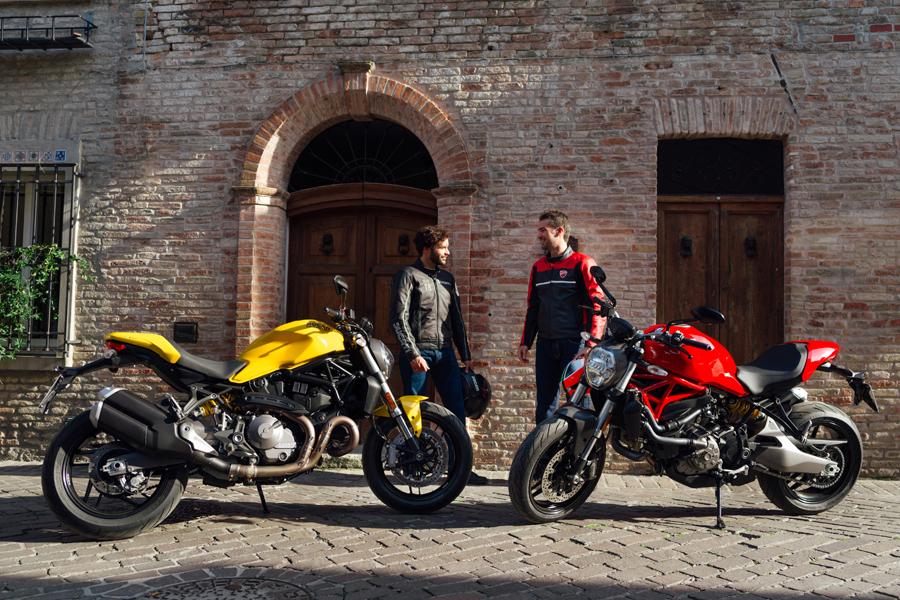 Foto 06 Ducati Monster 821