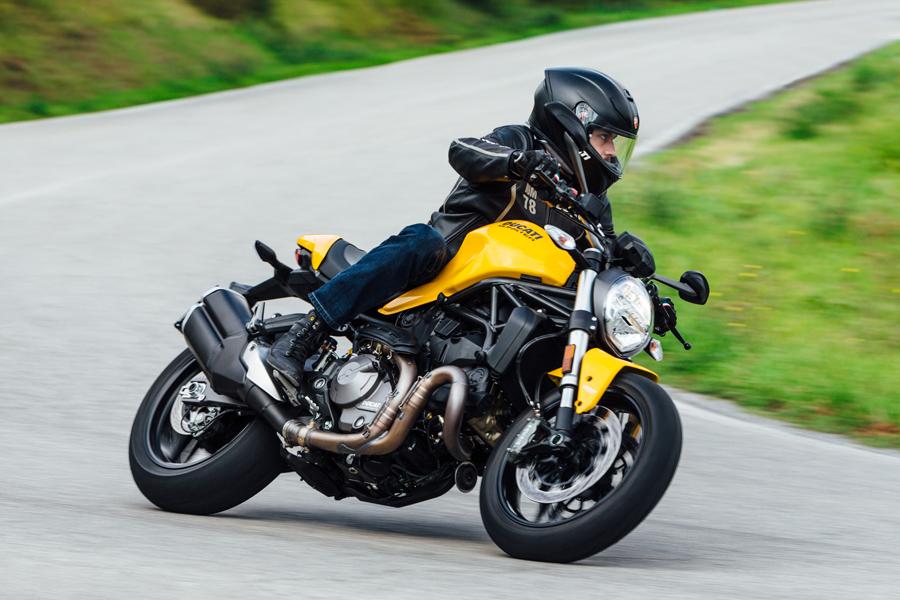 Foto 07 Ducati Monster 821