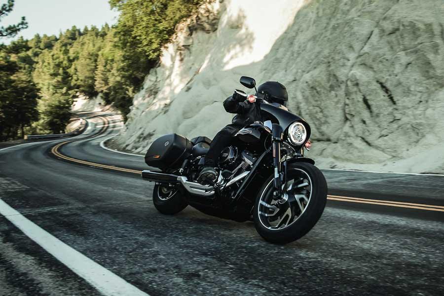 Foto 03 Harley Davidson Sport Gllide