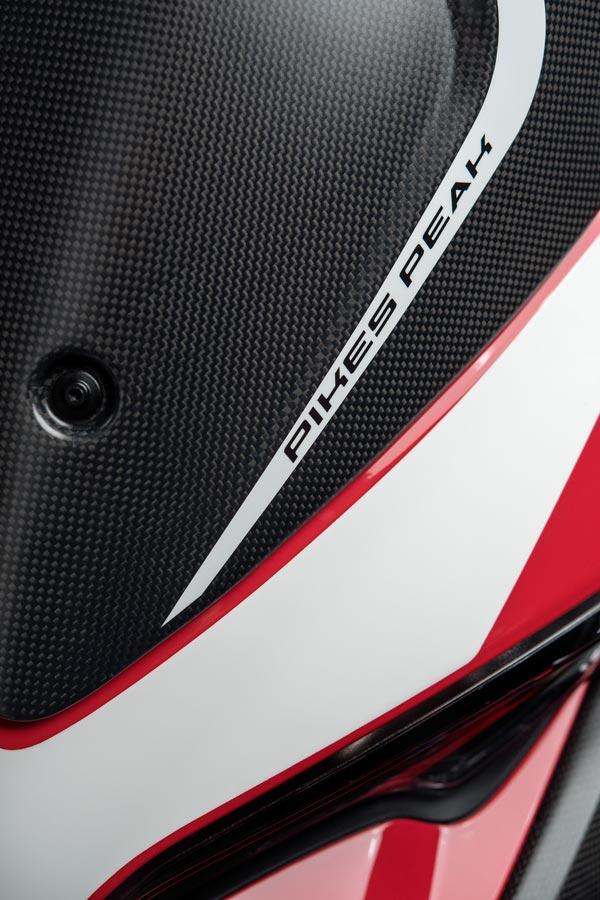 Foto 06 Ducati Multistrada 1260 Pikes Peak
