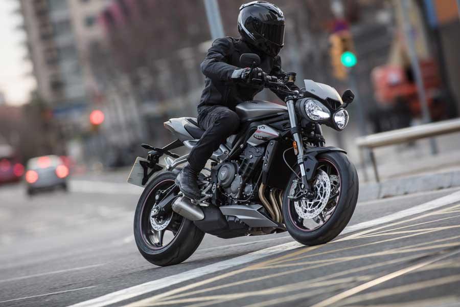 Foto 06 Triumph Street Triple RS