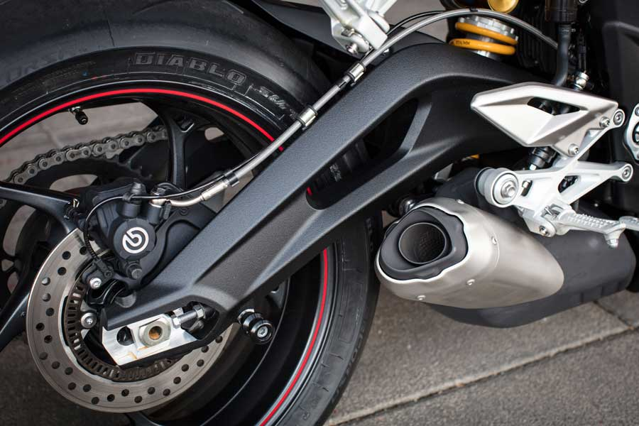 Foto 07 Triumph Street Triple RS