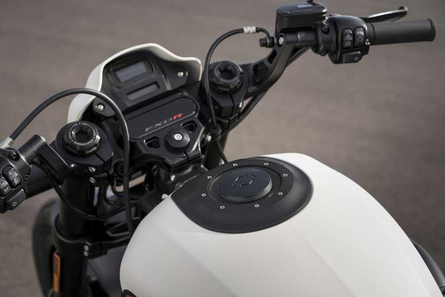 Foto 05 Harley Davidson FXDR
