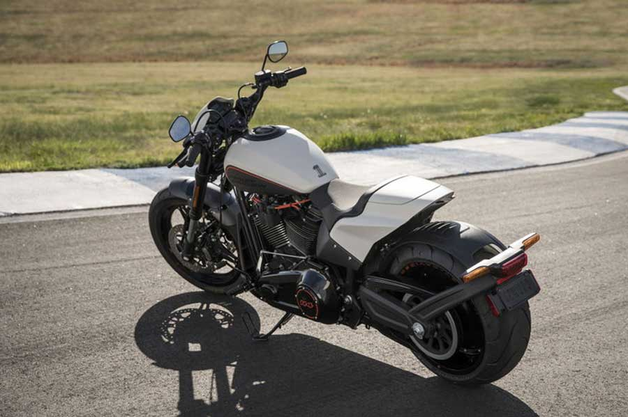 Foto 06 Harley Davidson FXDR