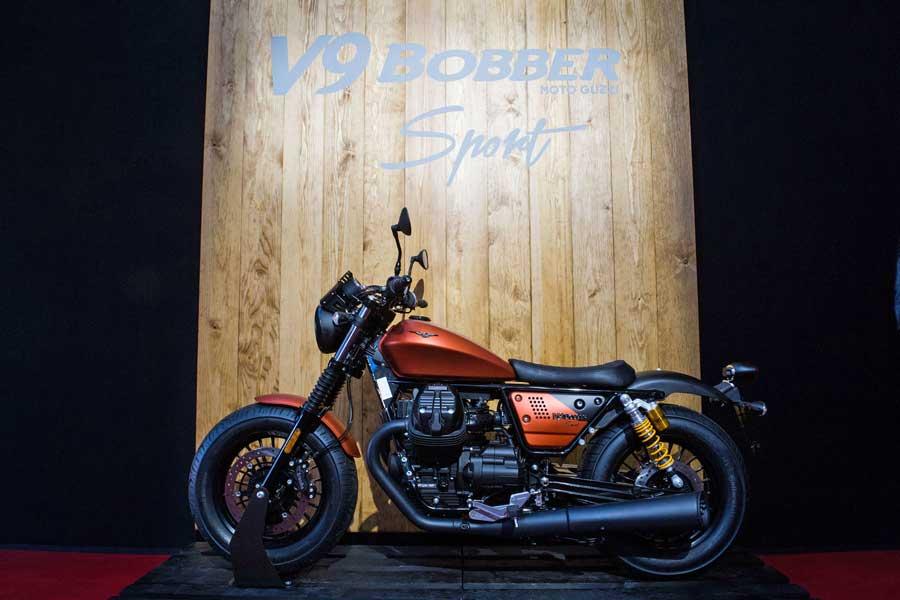 Foto 01 Moto Guzzi V9 Bobber Sport