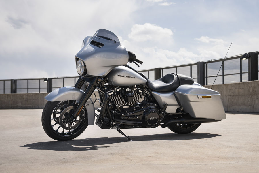 Foto 07 Harley Davidson Street Glide Special