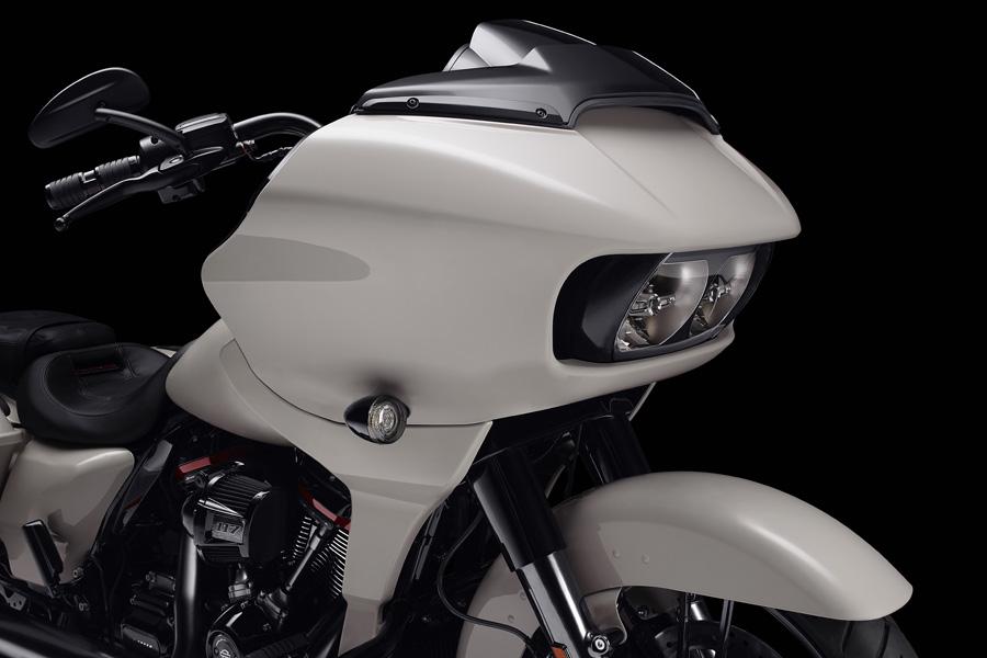 Foto 05 Harley Davidson CVO Road Glide