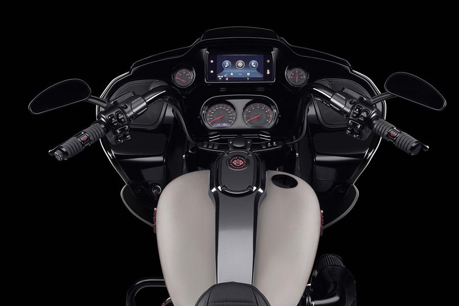 Foto 07 Harley Davidson CVO Road Glide