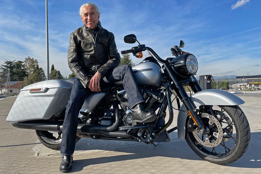 Foto 09 Harley Davidson Road King Special