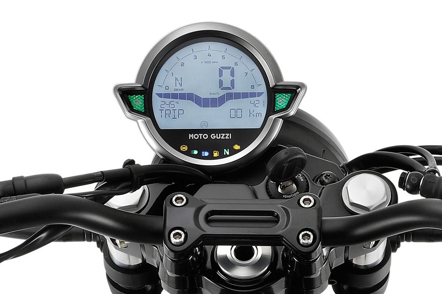 Foto 06 Moto Guzz V7 Stone 2021