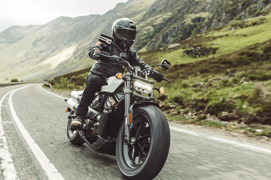 Foto 05 Harley Davidson Sportster S