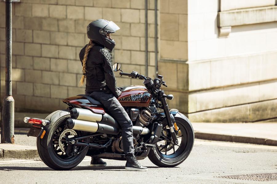 Foto 09 Harley Davidson Sportster S