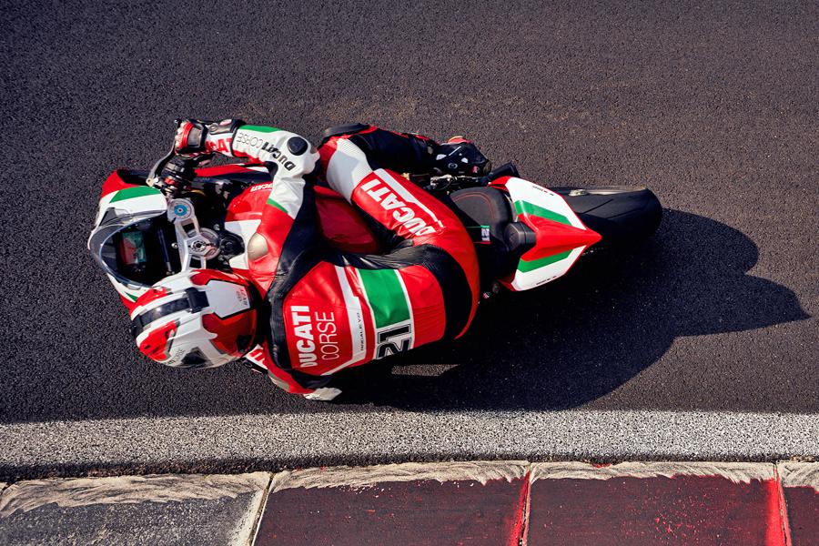 Foto 07 Ducati Panigale V2 Bayliss